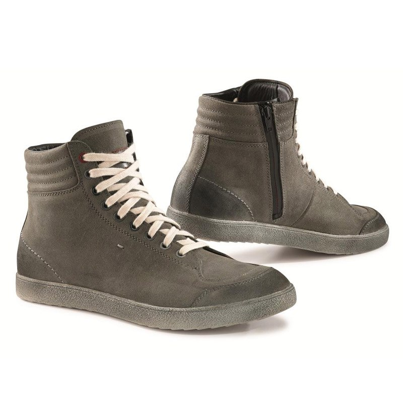 chaussures tcx boots x groove waterproof gris bottes et chaussures. Black Bedroom Furniture Sets. Home Design Ideas