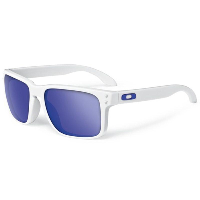 Lunettes de soleil Oakley HOLBROOK MATTE IRIDIUM - Sportswear ... cffce8fe879c
