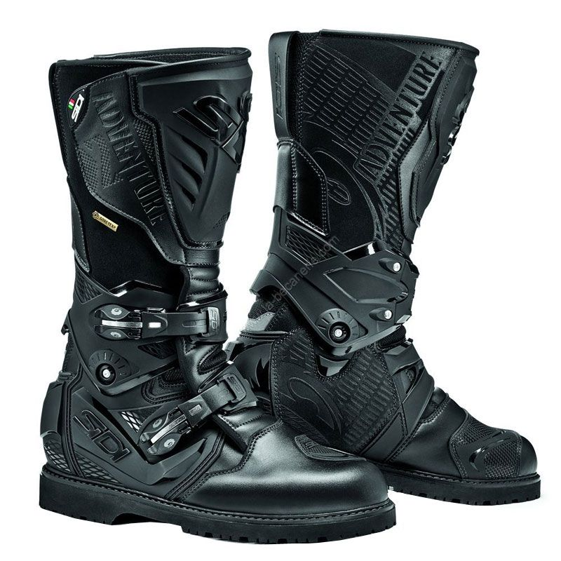 Demi-bottes ou baskets? Adventure-2-gore-tex