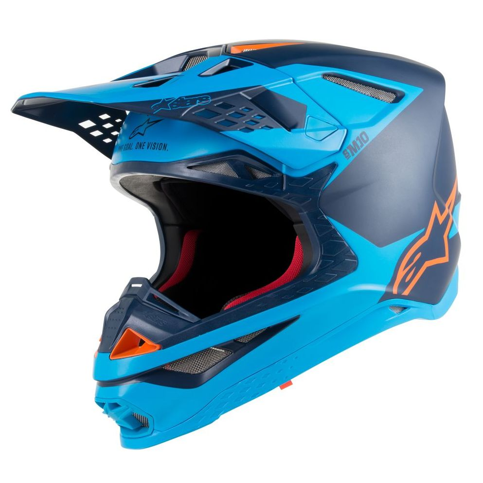 Un casque cross